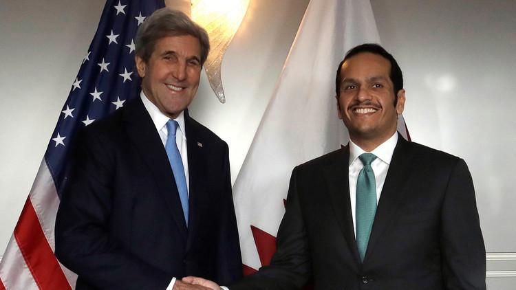 كيري يبحث الأزمة السورية مع وزير خارجية قطر