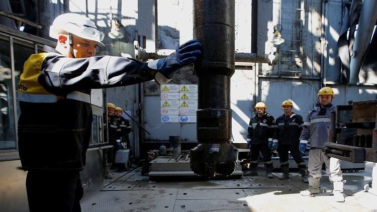 مكاسب شركات النفط الروسية من اتفاق خفض إنتاج الخام