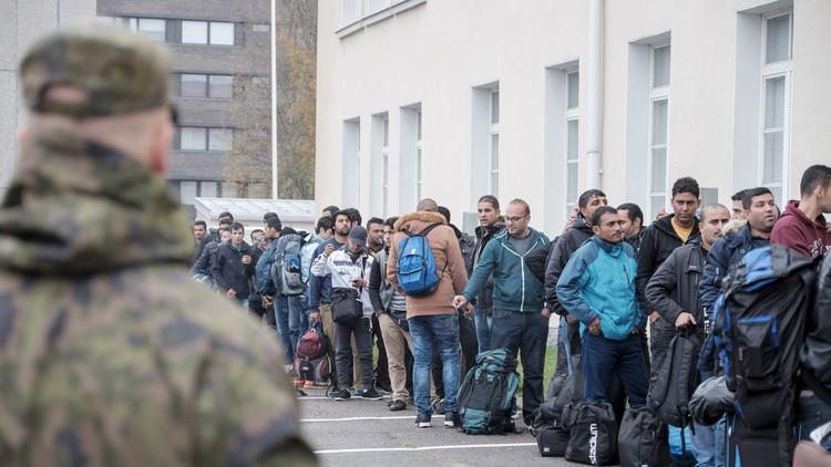 لاجئون يحتجون ضد قواعد الهجرة الصارمة في فنلندا