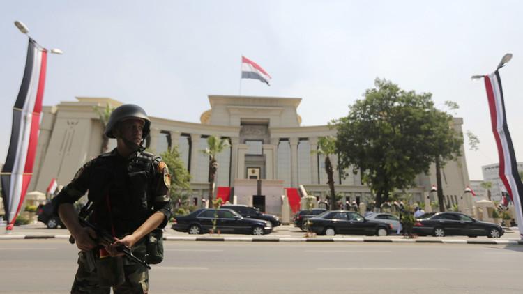 المحكمة الدستورية العليا في مصر تسقط حق وزارة الداخلية في منع المظاهرات