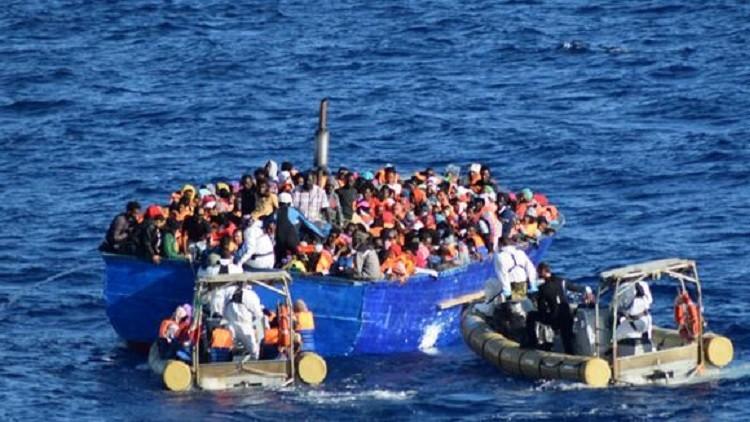 إنقاذ 730 مهاجرا في المتوسط بين السبت والأحد