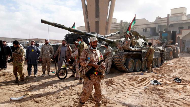 ليبيا.. تفجير انتحاري في سرت والقبض على مسلحين حاولوا الفرار سباحة