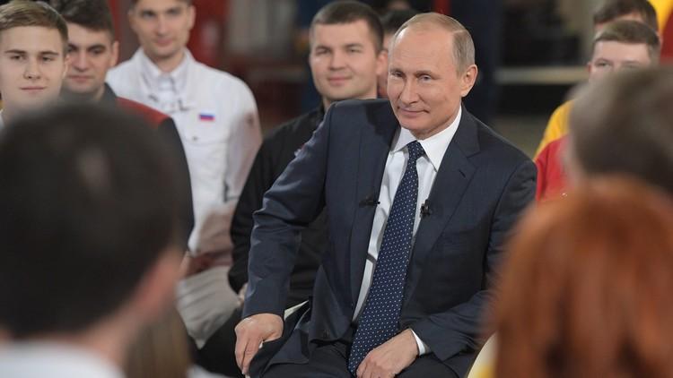 بوتين ردا على سؤال: أحلم بإنهاء مشواري الوظيفي بنجاح