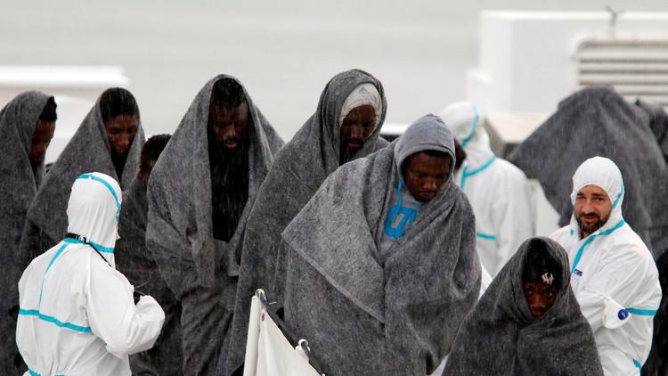 إنقاذ 1300 مهاجر وانتشال 16 جثة في مياه المتوسط