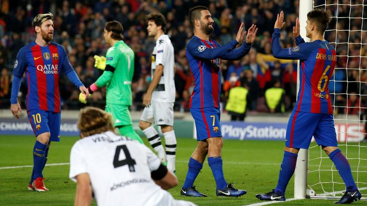 توران يتألق ويقود برشلونة لفوز كبير على مونشنغلادباخ