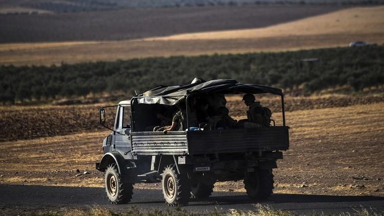 مقتل جنديين تركيين بتفجير سيارة مفخخة قرب مدينة الباب السورية