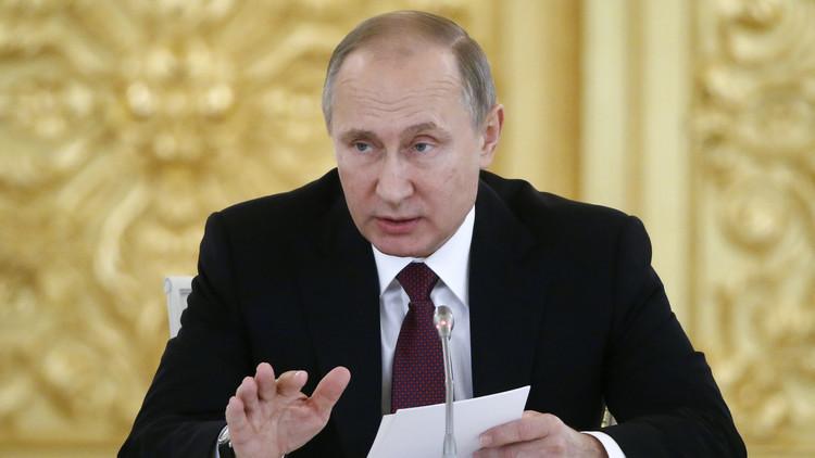 بوتين يوضح مغزى مزحته عام 2007