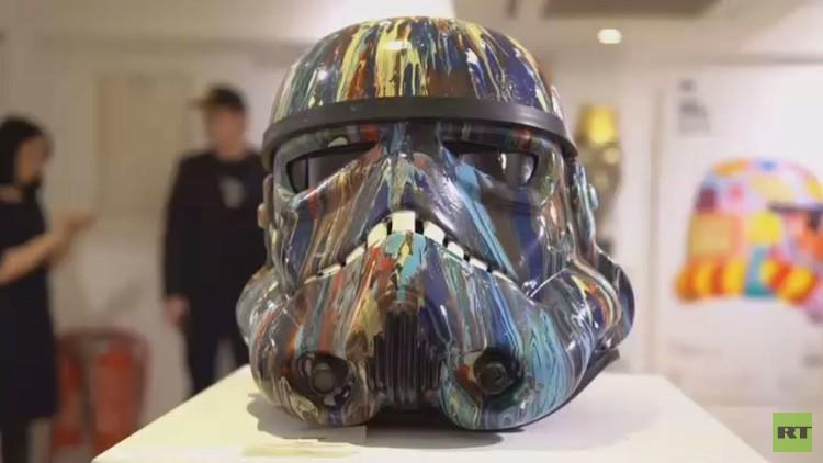 فنانون بريطانيون يقدمون إبداعاتهم