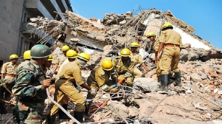 9 قتلى بانهيار مبنى في الهند