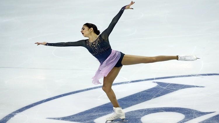 الروسية مدفيديفا تحطم الرقم القياسي في نهائيات الجائزة الكبرى للتزحلق الفني على الجليد