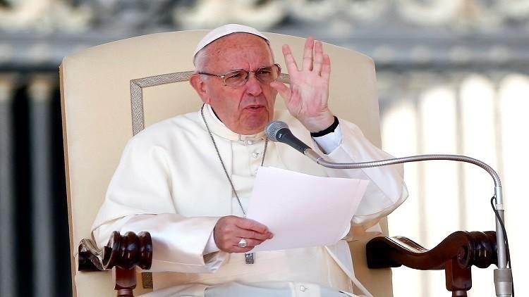 البابا فرانسيس يعرب عن التضامن مع الشعب السوري ويدعو إلى وضع حد للحرب