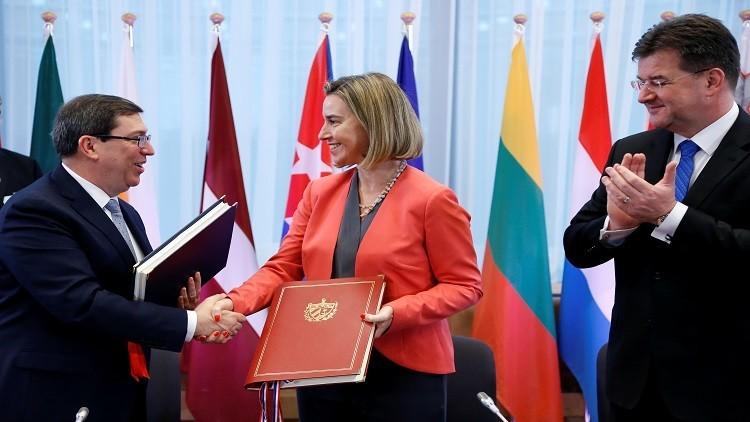 الاتحاد الأوروبي وكوبا يوقعان اتفاقا لتطبيع العلاقات بينهما