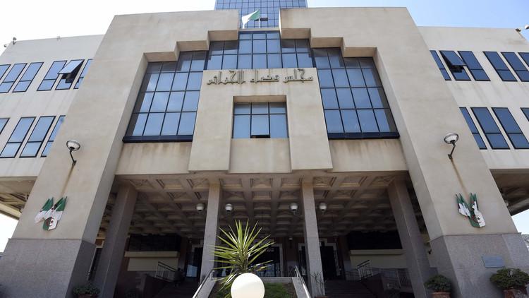 دعوات إلى التحقيق في وفاة الصحافي الجزائري محمد تامالت داخل السجن