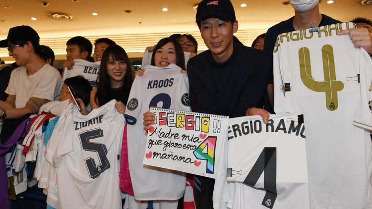 بالفيديو .. لحظة وصول ريال مدريد إلى اليابان