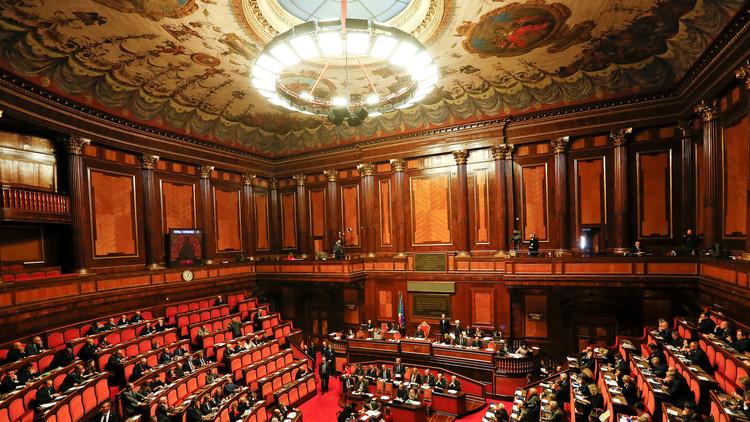 حكومة إيطاليا الجديدة تنال ثقة شيوخها