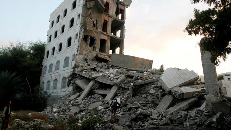 هادي يحشد قواتوأسلحة لمعركة تعز