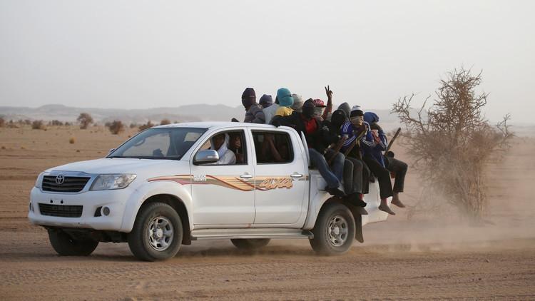 الاتحاد الأوروبي يتعقب المهاجرين قبل وصولهم إلى ليبيا