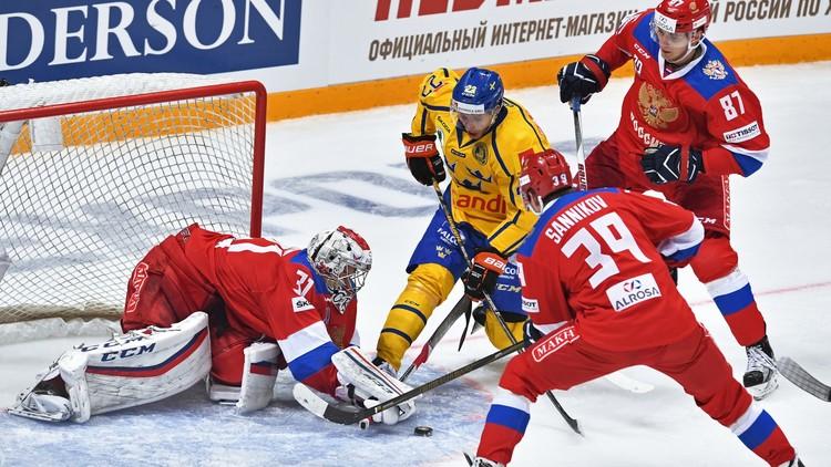 روسيا تخسر على جليدها أمام السويد بالهوكي