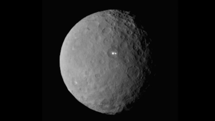 العثور على الماء في مناطق مظلمة من كوكب سيريس