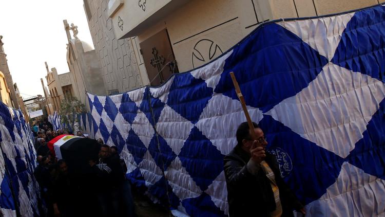 الشارع المصري يهتز ليلة الميلاد بقتل قبطي وزوجته