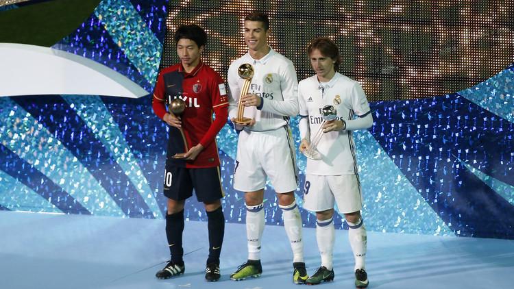 رونالدو يحتكر جوائز مونديال 2016