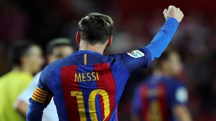 بارتوميو يحسم بقاء ميسي مع برشلونة !