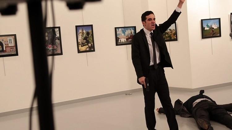 صحيفة تركية: قاتل السفير الروسي في أنقرة خدم في فريق حماية أردوغان 8 مرات
