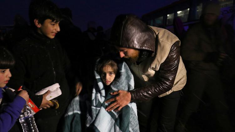خروج عشرات الآلاف من حلب الشرقية