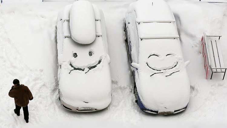 50 درجة مئوية تحت الصفر لا توقف سكان سيبيريا عن المرح