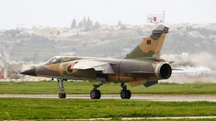 سقوط طائرة حربية ليبية ومقتل قائدها ومساعده
