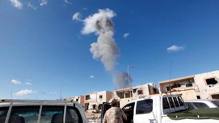 قوات موالية لحفتر تشن ضربة جوية على معسكر لسرايا الدفاع عن بنغازي في الجفرة