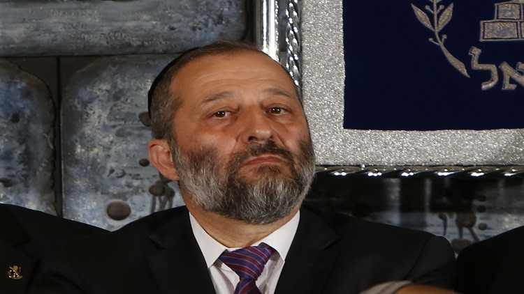 وزير الداخلية الإسرائيلي: نتنياهو ملتزم بحل الدولتين