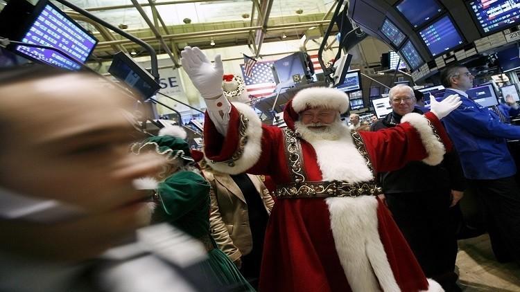النفط يستقر في تداولات ضعيفة بعد عطلة عيد الميلاد