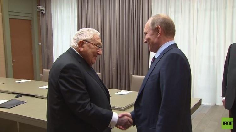 كيسنجر يضع لترامب خطة لتطبيع العلاقات مع روسيا