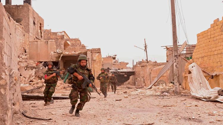اشتباكات عنيفة في ريفي دمشق وحمص