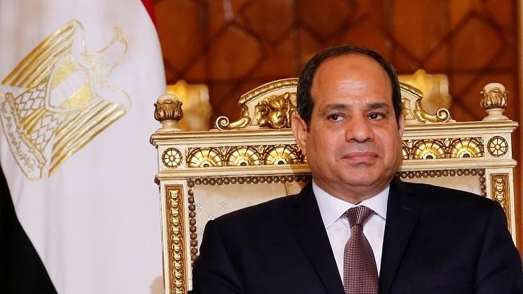 السيسي يصدر قانونا يثير تحفظات نقابة الصحفيين