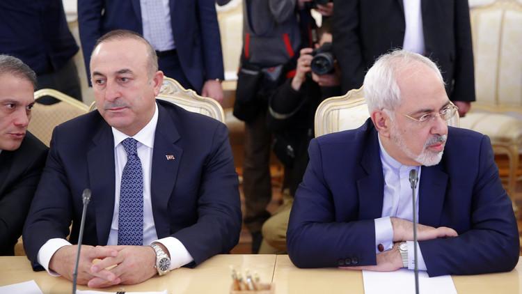 مشاورات إيرانية تركية حول مفاوضات أستانا