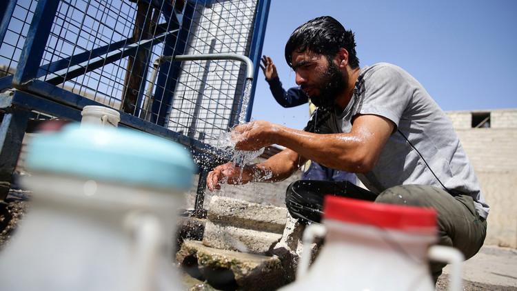 سكان دمشق بدون مياه للشرب بسبب المعارك