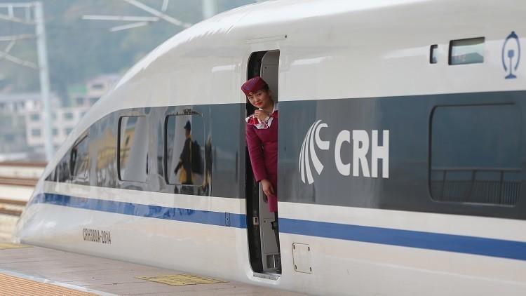 الصين تبني مزيدا من خطوط القطارات فائقة السرعة