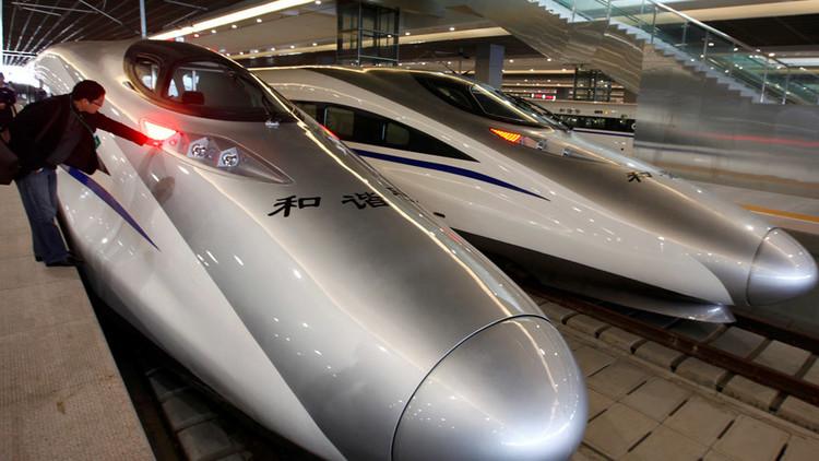 الصين تطلق أطول شبكة للسكك الحديدية فائقة السرعة في العالم