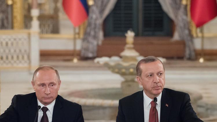 بوتين وأدروغان يؤكدان استثناء الإرهابيين من اتفاق الهدنة بسوريا