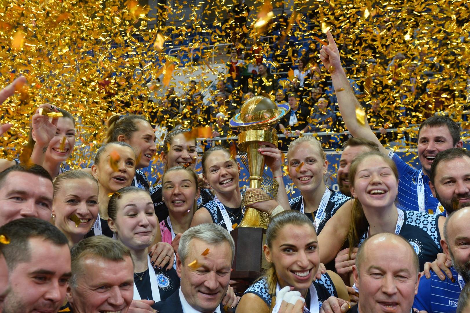 بالصور.. دينامو قازان يعانق كأس روسيا للكرة الطائرة
