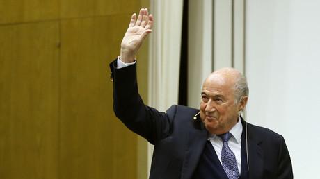 الرئيس السابق للاتحاد الدولي لكرة القدم سيب بلاتر