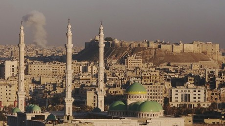 منظر عام لمدينة حلب تظهر فيه قلعة حلب التاريخية 3 كانون الأول 2016