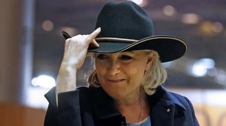 مارين لوبان رئيسة حزب الجبهة الوطنية