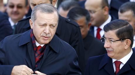 رجب طيب أردوغان وأحمد داوود أوغلو