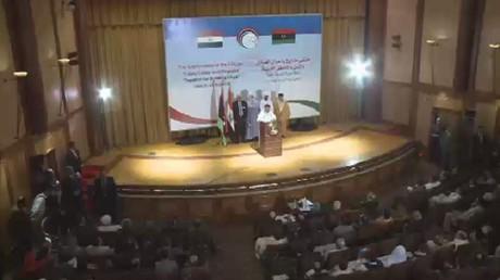 اجتماع في القاهرة لبحث الأزمة الليبية