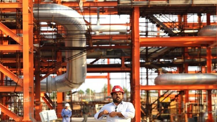 شركات عالمية تتنافس على النفط الإيراني