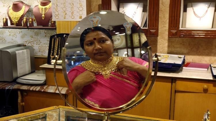سكان الهند يشترون 4 أطنان من الذهب خلال يومين