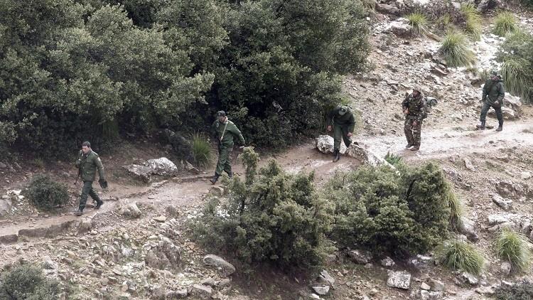 الجزائر تعلن حالة الطوارئ على حدودها الشرقية لتفادي تسلل إرهابيين من تونس